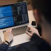 🧑💻💡 Днес е Международният ден на програмистите! 🥳 От VIVASAN поздравяваме великите умове, които стоят зад всеки софтуер и влагат много труд и креативност. И тъй като тайната на добрия програмист е креативността и бързата мисъл, ви предлагаме един бленд за концентрация, който може да опитате у дома. За него ви трябват етерично масло от розмарин (https://bit.ly/3lmzGQb), етерично масло от мента (https://bit.ly/3hLDTwb) и етерично масло от лимонова трева (https://bit.ly/3AbKS8D). Сложете по една капка в 200 мл. вода в дифузер и се насладете на аромата. Или пък смесете с малко базово масло (като жожоба) и нанесете в зоната на тила и зад ушите.  Друг чудесен продукт за концентрация и ясен ум е Гинколин Форте (Гинко Билоба с Витамини) - https://bit.ly/3C5nEBF. Той помага за подобряване на паметта, поддържа нормалното кръвоснабдяване и подобрява концентрацията, придава тонус и енергия.  И не на последно по значение място - за острия ум е особено важен приемът на Омега 3 масни киселини. Ето защо на помощ тук идват два наши продукта - ОМЕГА 3 Форте с Крил (https://vivasan.bg/p/126-omega-3-forte-s-kril/) и Витал Плюс - Омега 3 (https://bit.ly/2YMq9dH).  Всеки може да бъде велик ум - стига да знае кои са най-добрите добавки, които да вземе :)!  • • • • #it #programmer #brain #vitaminsforbrain #strongbrain #supplements #vivasanbg